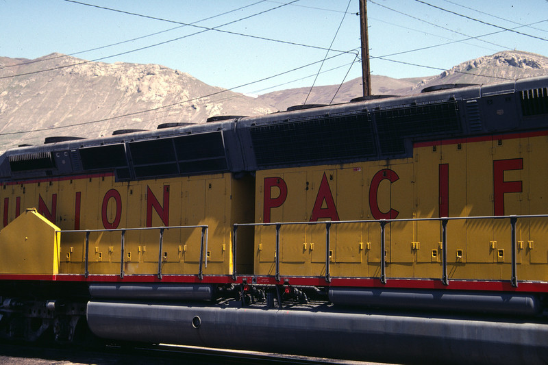 UP DDA40X Centennial with different radiator screens. 1983. (Don Strack Photo)