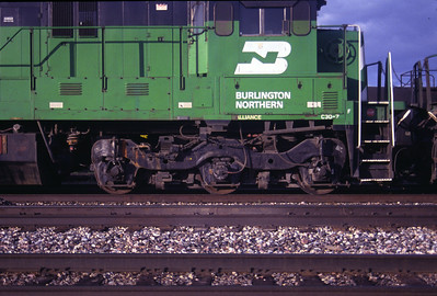 GE's standard three axle truck, as used on a BN C30-7. July 1990.(Don Strack Photo)