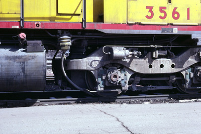Detail of the support end of an EMD HT-C truck, as used on UP SD40-2 3561. Salt Lake City, March 1983. (Don Strack Photo)