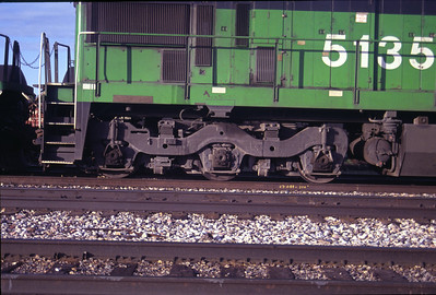 GE's standard three axle truck, as used as the rear truck on BN C30-7 5135. July 1990. (Don Strack Photo)