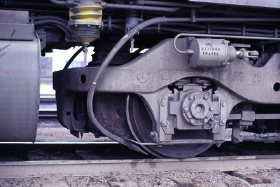 Detail of the support end of an EMD HT-C truck, as used on a UP SD40-2. Salt Lake City, May 1983. (Don Strack Photo)
