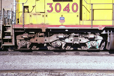 EMD Flexicoil C truck, as used on UP SD40 demonstrator 3040. This is the high-mounted, three-brake-cylinder version. Salt Lake City, August 1985. (Don Strack Photo)