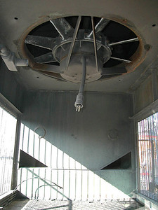 SD40T-2 radiator compartment, looking at rear sand box and radiator fan.