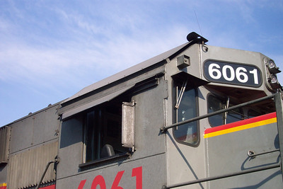 Utah Railway SD50S, cab roof heat shield. (Don Strack Photo)