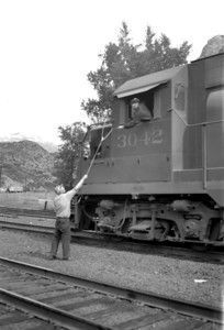 D&RGW passing up orders. Provo. September 18, 1965. D(Marvin Black Photo)