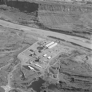 Texas-Gulf-Sulphur-Moab-plant_Sep-3-1963_Salt-Lake-Tribune-photo_USHS-10274-4