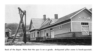 Park-City_MR-October-1960_page-38-depot-photo