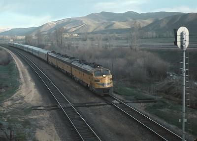 Amtrak-first-westbound-Train-101_Henefer_Rick-Burn-photo_Facebook-Sep-4-2018