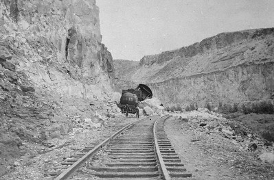 Salt-Lake-Route_3415-wreck-near-Farrier_1911_01