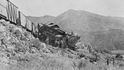 Salt-Lake-Route_3656-wreck-at-Stine-1917_01