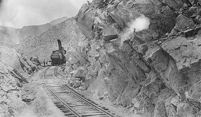 Salt-Lake-Route_3656-wreck-at-Stine-1917_04