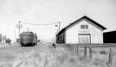 corinne-mckeen_july-1942_john-spenser-photo