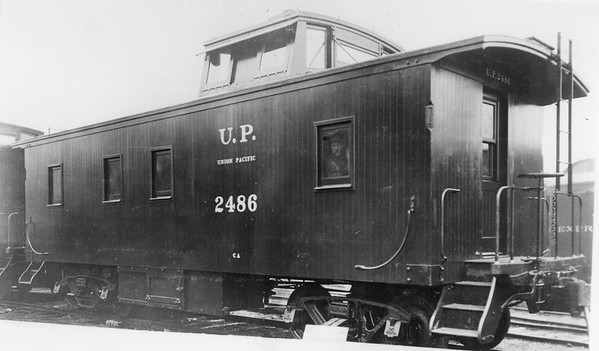 up_ca-caboose-2486