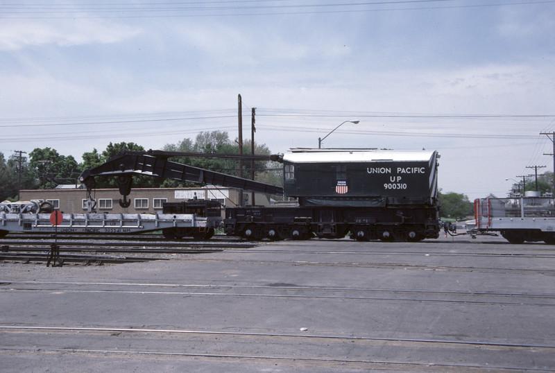 up_derrick_900310_side_salt-lake-city_30-may-1984_don-strack-photo