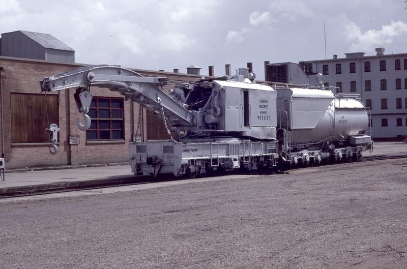 up_derrick_903037_01_ogden_26-mar-1983_don-strack-photo
