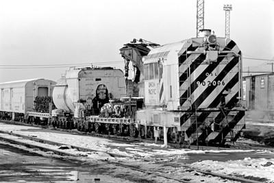 UP (OSL) 902006, Salt Lake City Derrick, February 7, 1976. (James Belmont Photo)