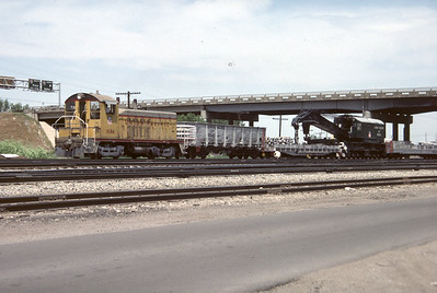 up_derrick_900310_with-train_salt-lake-city_ 30-may-1984_don-strack-photo