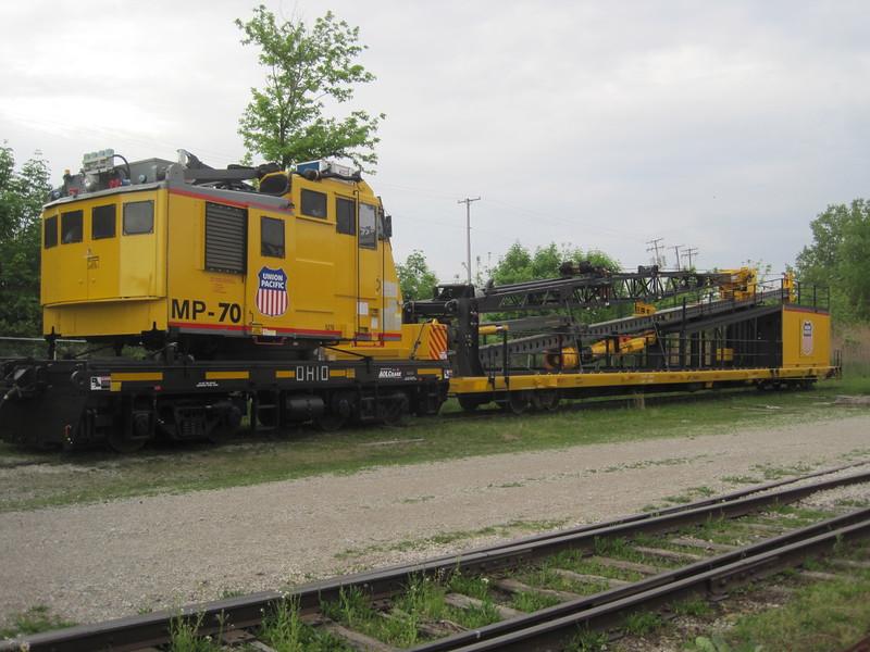 UP-MP-70 Ohio DE 650 sn 5276 _(ex-Raritan River Steel LC-200 Ohio DE 600 sn 5214) Bucyrus, _OH May 17, 2013 - Craig Goodenough photo