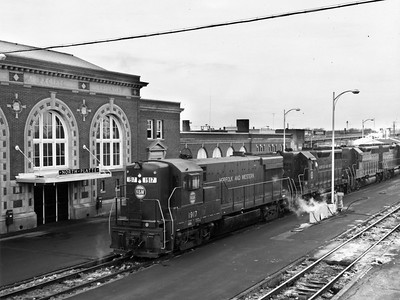 norfolk-western-passing-north-platte_uprr-photo_wbj-collection