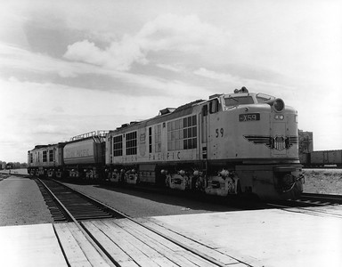 up-59-tender-60_GTEL-set_council-bluffs_uprr-photo