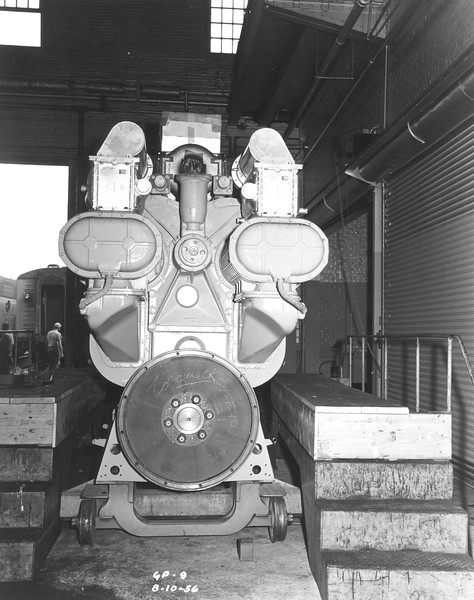 airesearch-gp9-engine_3_uprr-photo