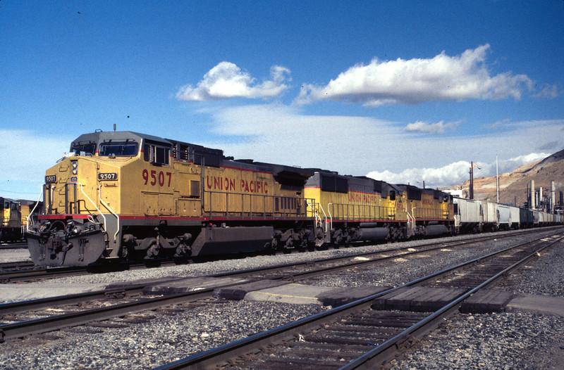 UP 9507, North Yard, Salt Lake City, October 11, 2001. (Warren Johnson Photo)