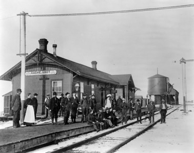 OSL Cache Junction depot. (Union Pacific Historical Collection)