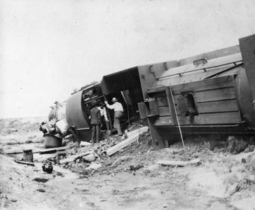 SP,LA&SL wreck. (Union Pacific Historical Collection)