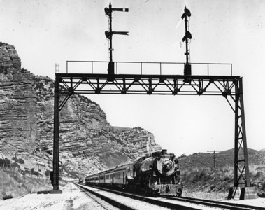 Echo Canyon, LA Limited. (Union Pacific Historical Collection)