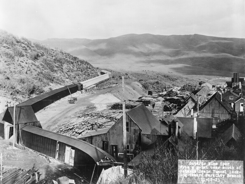Ontario Drain Tunnel, 1923. (Union Pacific Historical Collection)