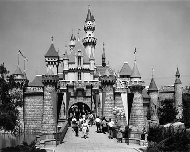 UP-Destinations_Disneyland_458-4-6_UPRR-Photo