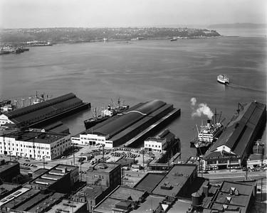 Seattle-harbor_7-174_UPR-Photo