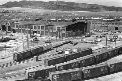 UP_Pocatello_Machine-shop-demolition_ca-1972_UPRR-Photo