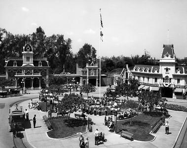 UP-Destinations_Disneyland_458-4-1_UPRR-Photo