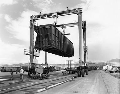 UP_Pocatello_Heavy-repairs-dismantling_61469_UPRR-Photo