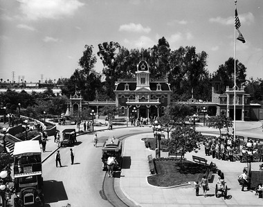 UP-Destinations_Disneyland_458-4-2_UPRR-Photo