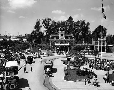 UP-Destinations_Disneyland_458-4-2_UPRR-Photo