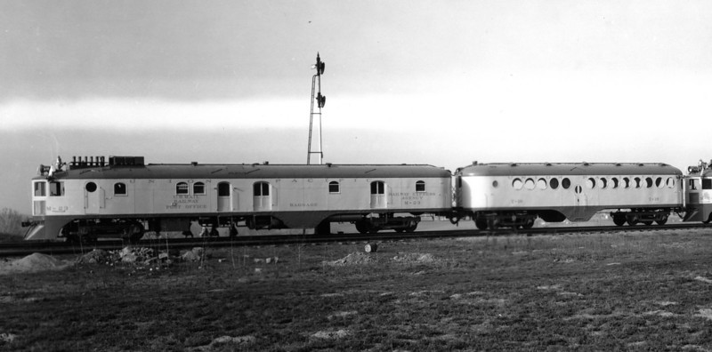 UP M-23 and trailer T-18