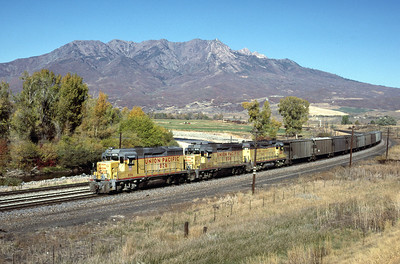 GP30s on the Park City Local, on the mainline at Petersen, Utah. October 1985. (Blair Kooistra Photo)