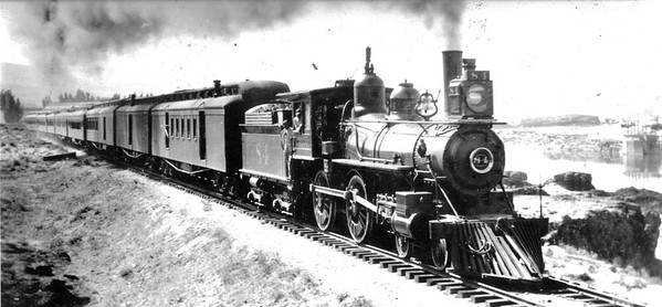 owrrn-84_4-4-0_with-train_up-photo