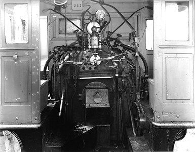 old-steam_back-head_up-photo
