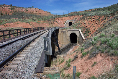 Curvo Tunnels