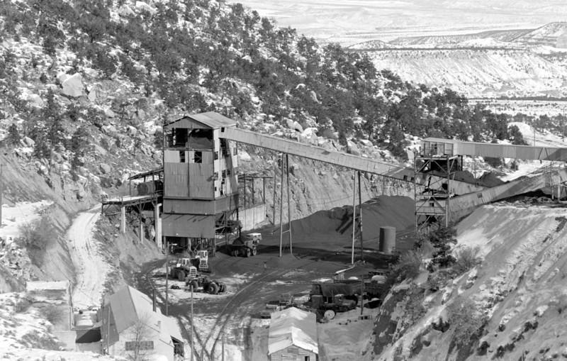 Wattis loader. 1982. (Don Strack Photo)