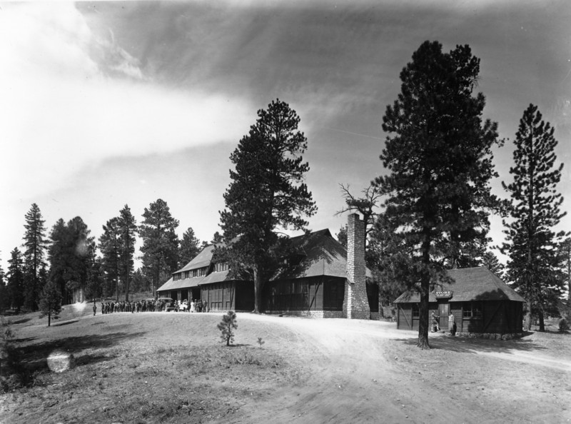 Utah Parks Co., Bryce Canyon Lodge. (Union Pacific Historical Collection)