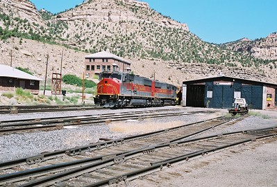 Utah-Ry_5002_east_Martin_UT_August_8_2004_a