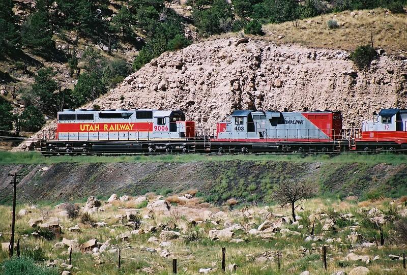 Utah-Ry_9006_Rail_Link_403_Martin_UT_August_8_2004_a