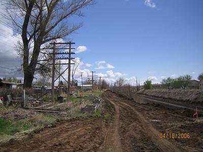 2006-04apr-18_Clinton_1300N_Clear_and_Grubb