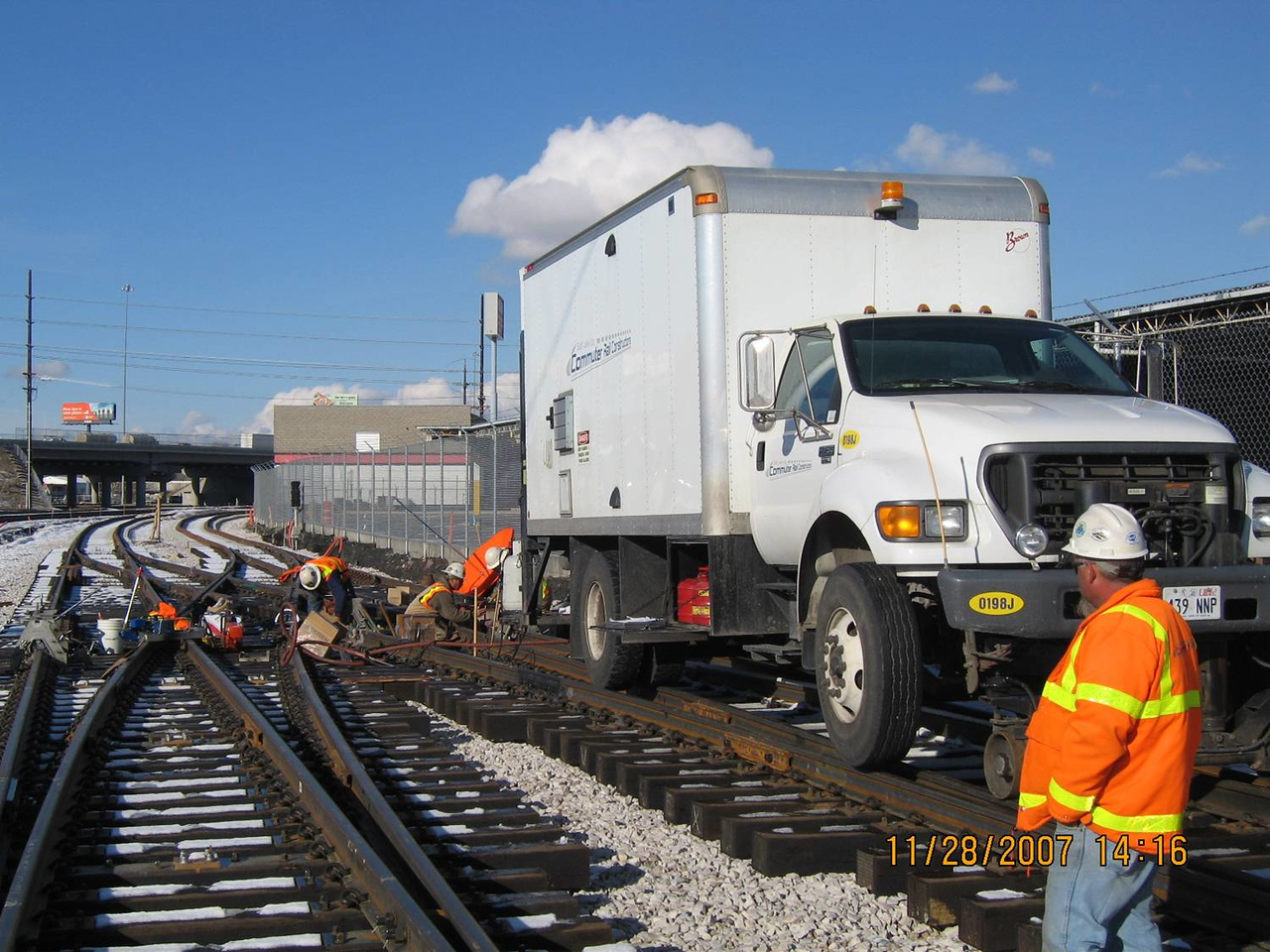2007-11nov-28_Salt_Lake_City_200S_Mainline_Double_Crossover_Field_Welding