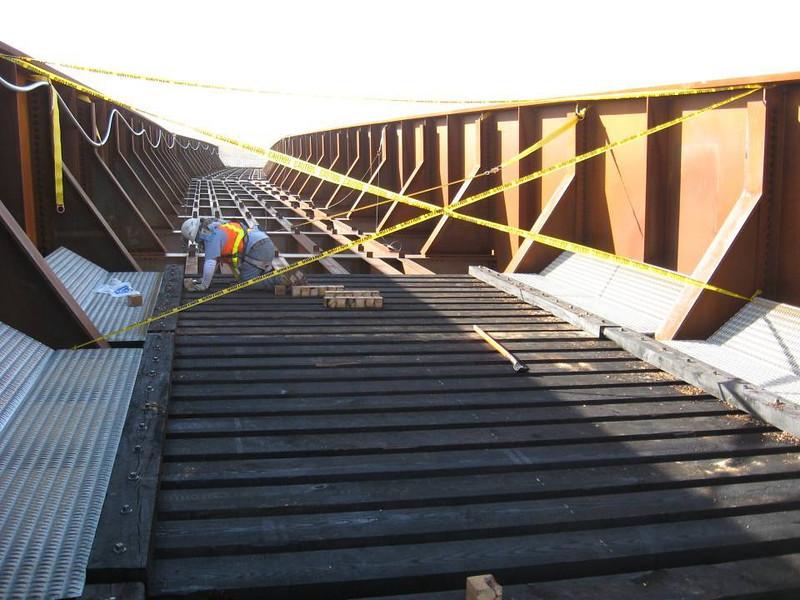 2007-11nov-26_Ogden_South_Crossing_Through_Girder_Open_Span_Deck_Installation