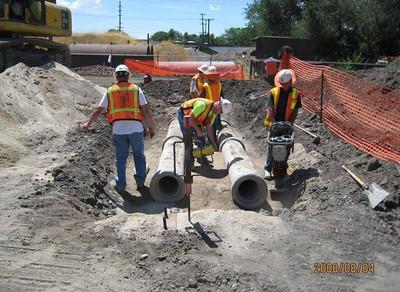 2008-08aug-04_Reach-1006_12-inch_Double_Barrel_Strom_Drain_Install